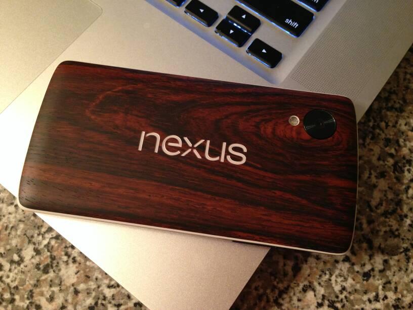 [ACCESSOIRES] Liste d'accessoires pour le LG Nexus 5 : écran, dock voiture, case, ... - Page 2 Attachment